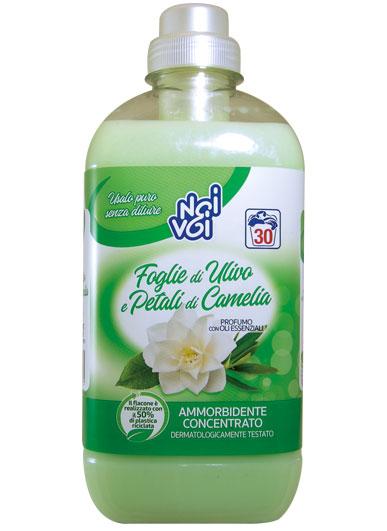 Ammorbidente concentrato Foglie di Ulivo e Petali di Camelia 750 ml